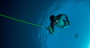 Picture of a Freedive doing mouthfill workshop