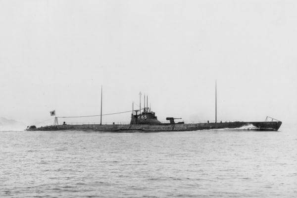 Picture of Japanese submarine I-165 in 1932