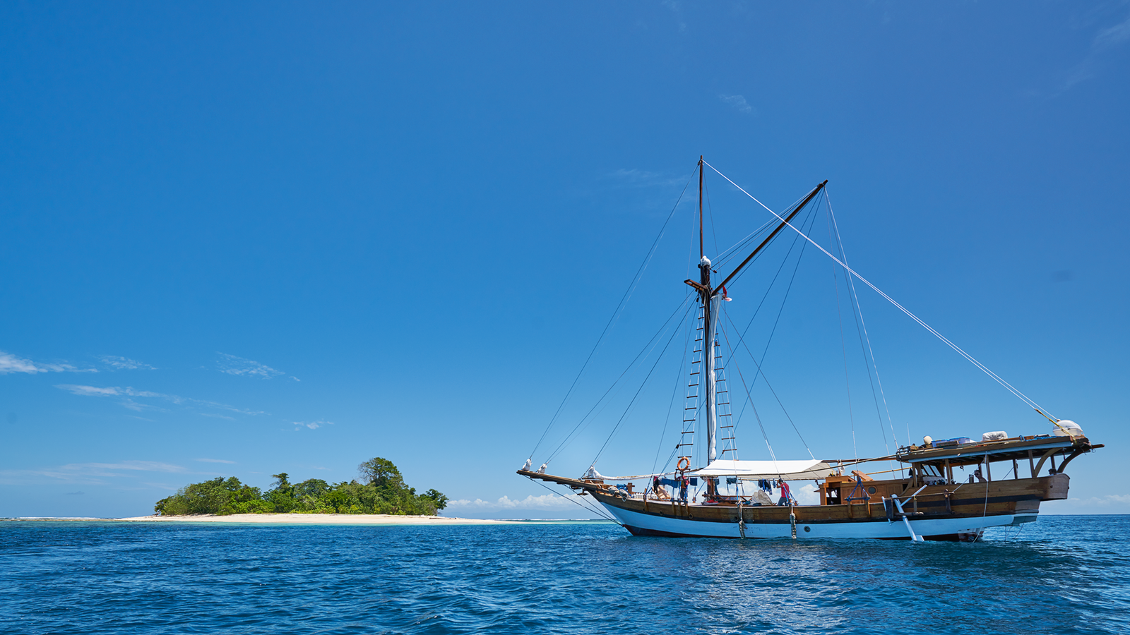 Picture of Liveaboard boat